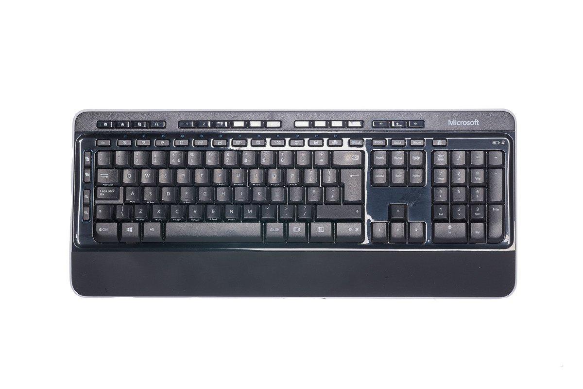 Microsoft Wireless 3050 Desktop Tastatur und Mausset (UK105) PP3-00006